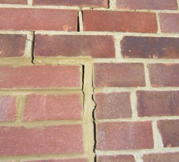 shrinkage-cracking-in-bricks